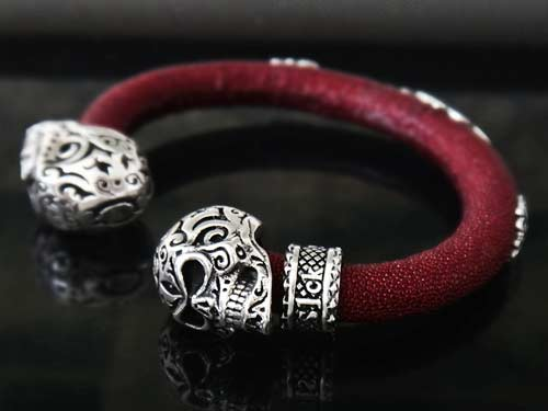 Calevera Jet Black Stingray Leather Silver Skull Bracelet For Men